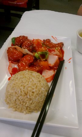 Oriental Pearl Restaurant : Prawns in Sweet and Sour Sauce