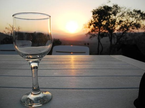 Ashbourne Country Escape: Sunset Sundowners