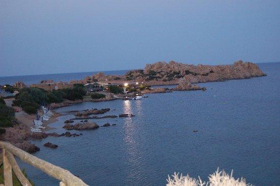 Hotel Cala Lunga: veduta spiaggia notturna paradiso