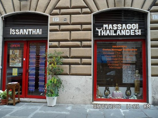 Issanthai Massage Center