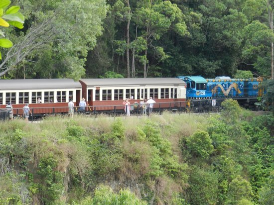 Tropic Wings Cairns Tours: Kuranda train