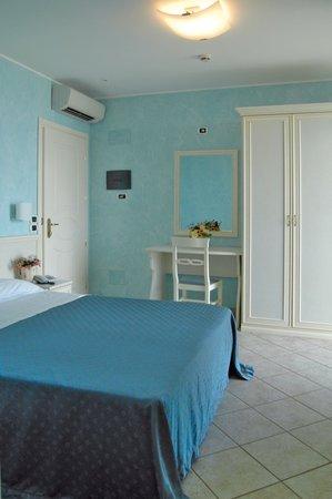Hotel Capital: Camera Matrimoniale