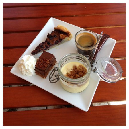 Les Canetons : The café gourmand