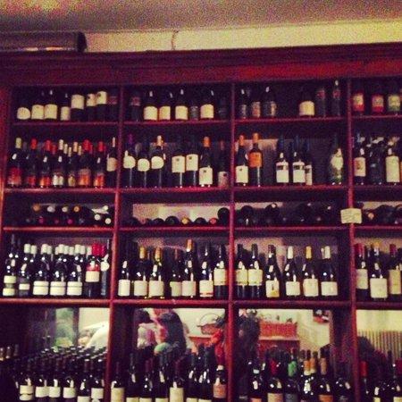 Al Vino al Vino: Great selection of wines
