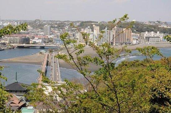 Enoshima Samuel Cocking-en : 片瀬海岸