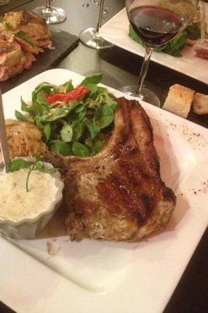 la diva : la cote de cochon .. delicieuse Sauce pleurote ..28/07 ..P&A