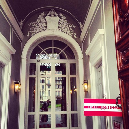 Rosso 23 : Hotel entrance
