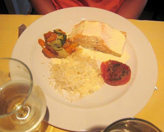 Auberge de l'Orisse: poisson du menu à 25 euro