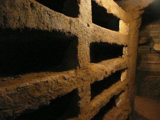 """Sant Agnese fuori le Mura: 1ère """"ruelle"""""""
