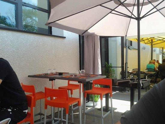 le Tablier Bariole: La terrasse