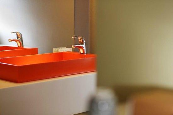 Hotel BLOOM!: new bathroom
