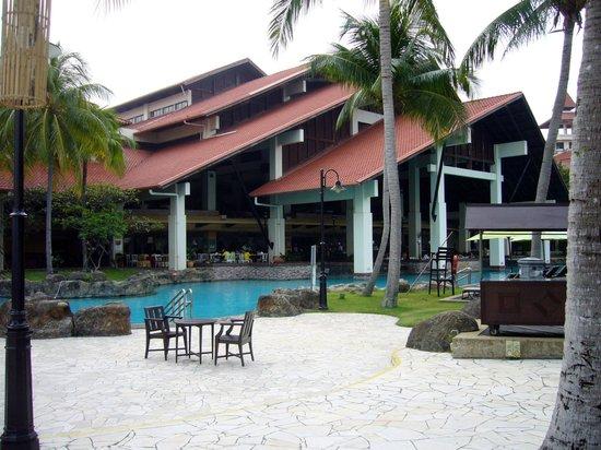 Sutera Harbour Resort (The Pacific Sutera & The Magellan Sutera): Piscina
