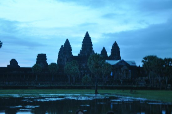 Angkor Transport Services: Magnificent Angkor Wat