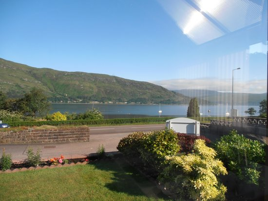 Ardlinnhe Guest House : A breakfast view