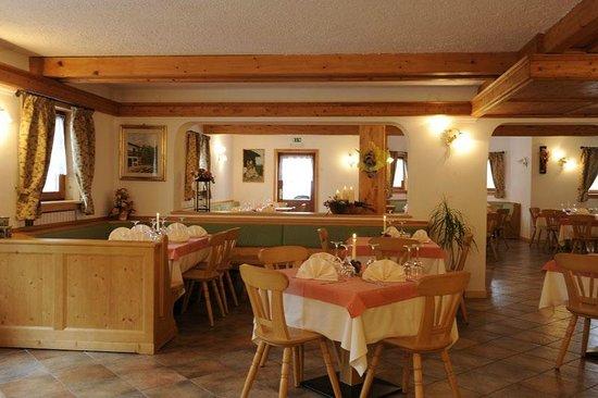 Almhotel La Casera: Ristorante in Val Canali