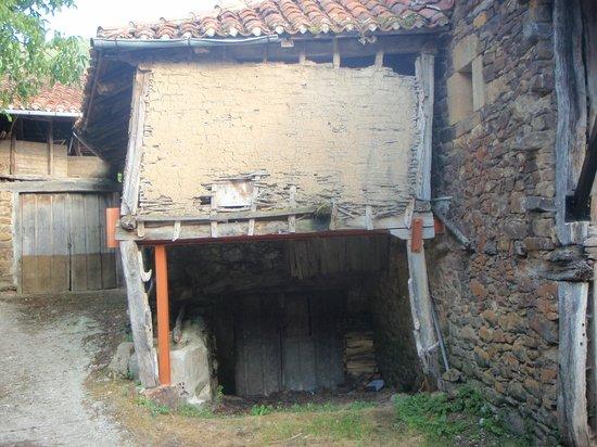 La Pisa: Village photo