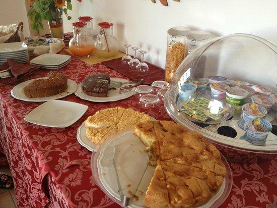 B&B Simonetta : Buffet colazione
