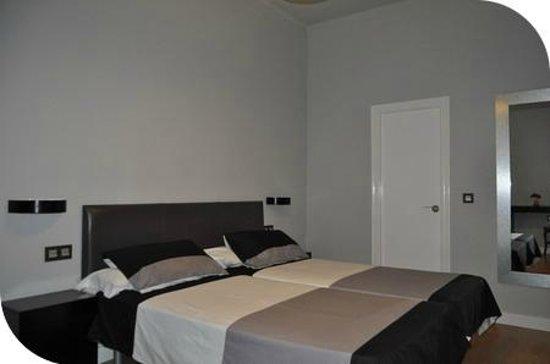 Hotel Ocurris : Habitacion Matrominio
