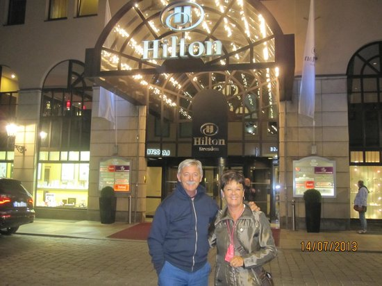 Hilton Dresden Hotel: ingresso