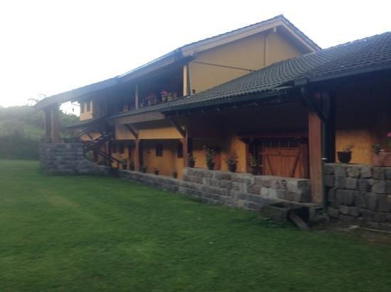 Hacienda La Alegria: garden