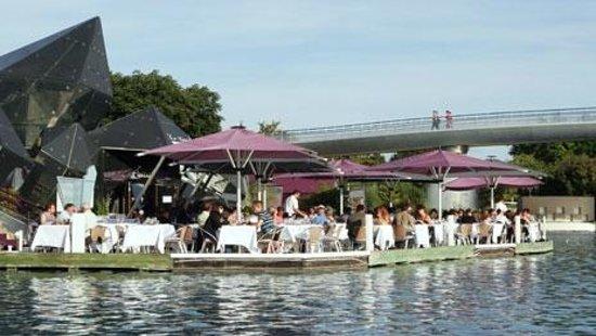 Le Cristal - Futuroscope : Restaurant gastronomique au bord du lac du Futuroscope