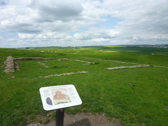 Maiden Castle: Temple remains
