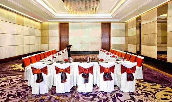 Holiday Inn New Delhi Mayur Vihar Noida: U-Shape Conference Setup