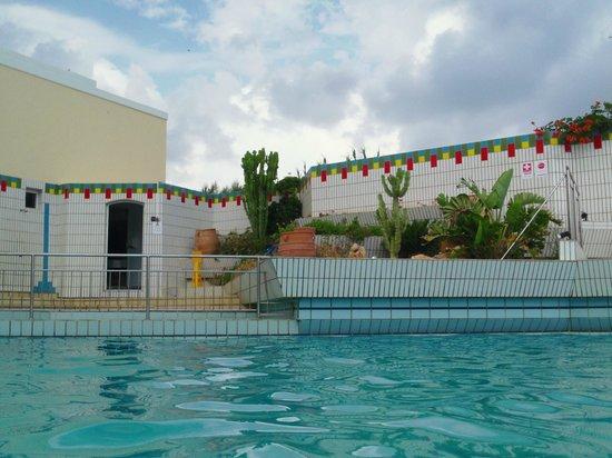 Creta Star Hotel : La piscine