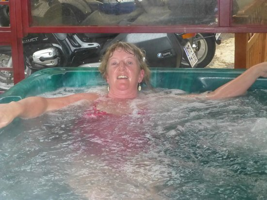 Wentworth House: Fabulous hot tub