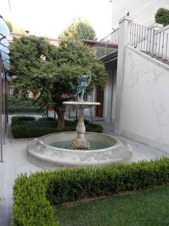 Hotel Orto De Medici: Hotel Gardens