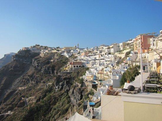 Archontiko Santorini : Vue sur Fira depuis la terrasse
