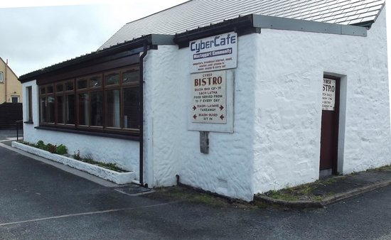 McTaggart Community Cyber cafe