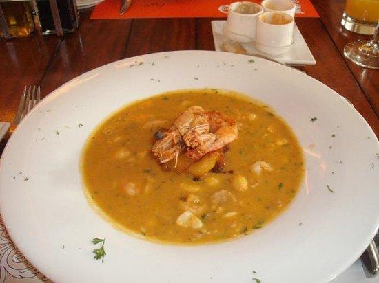 Cafe Plaza Grande: CAZUELA MARISCOS