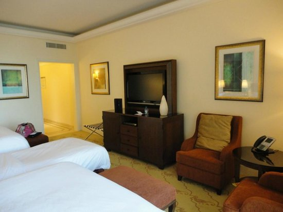 The Westin Dubai Mina Seyahi Beach Resort & Marina: Executive Club Room