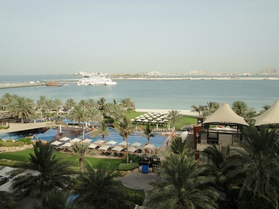 The Westin Dubai Mina Seyahi Beach Resort & Marina: View from Executive Club Sea View room