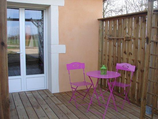 De L'Ain A L'Hote: terrasse
