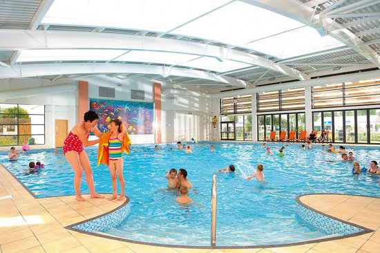 Mash and barrel at lakeland leisure park picture of - Lake district campsites with swimming pool ...