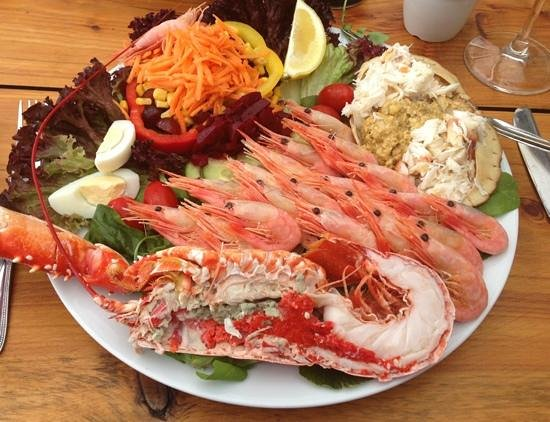 The Boathouse Restaurant : seafood platter at the Boathouse!