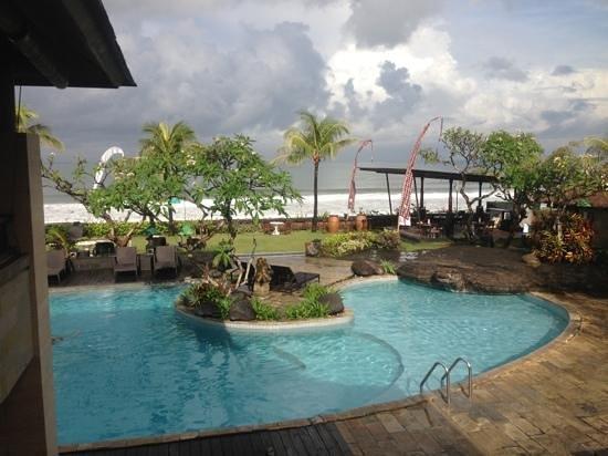 Grand Balisani Suites : Add a caption