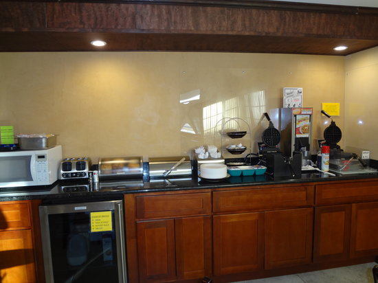 Quality Inn Okanogan: Breakfast Area 1