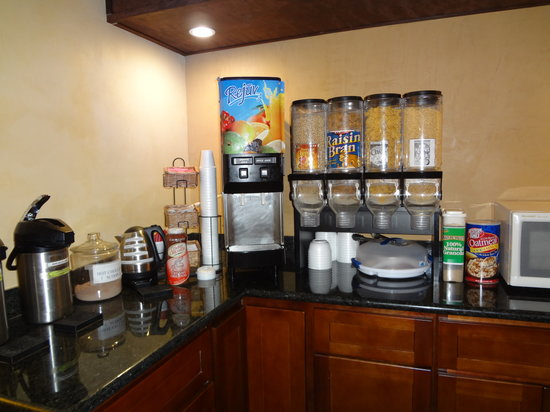Quality Inn Okanogan: Breakfast Area 2