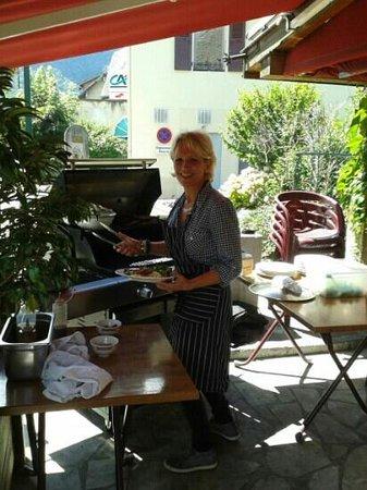 Cafe Des Quatre Chemins