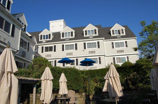 The Inn at Scituate Harbor: View of the Inn from the patio