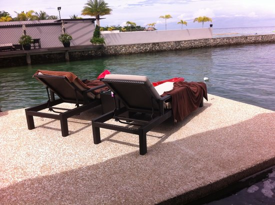 Abaca Boutique Resort: By the pool