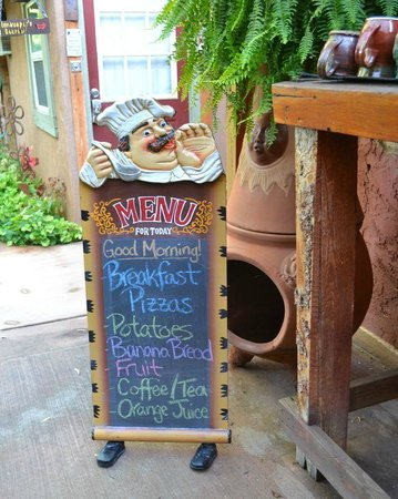 Cali Cochitta Bed & Breakfast : Breakfast menu