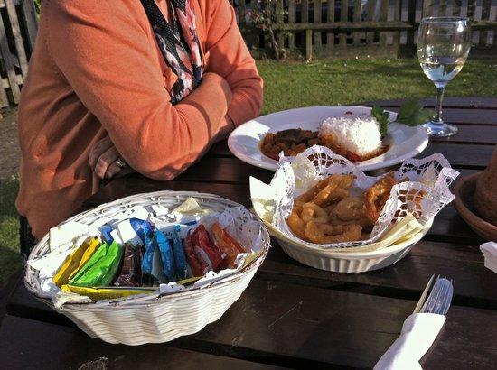 The White Rock Inn Restaurant: curry dish