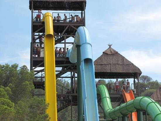 Aqualandia: Too scared to go on these!