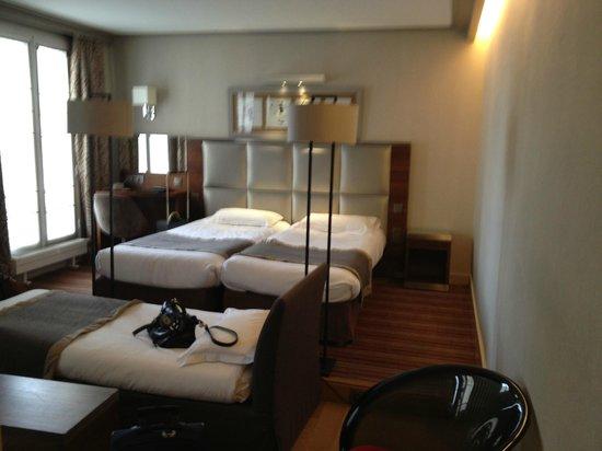 Hôtel Berne Opéra : Room 45 July 2013