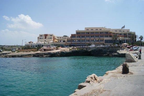 Sol e Mar Bistro: Vue extérieure générale sur l'hôtel et le restaurant