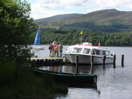 Kincraig, UK: WILDLIFE TOUR BOAT